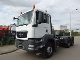 zware last trekker MAN TGS 33.400 6X4 / LOW KM / MANUAL GEARBOX  / HYDRAULIEK !! 2009