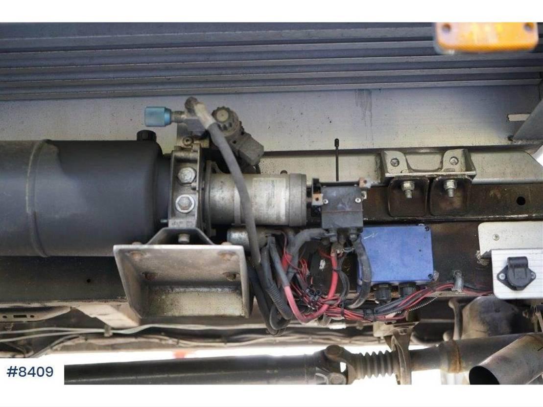 autotransporter vrachtwagen Mercedes Benz Sprinter car freight. 2007