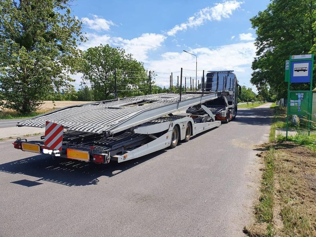 autotransporter vrachtwagen Volvo FH + LOHR EHR 200 C2 2017