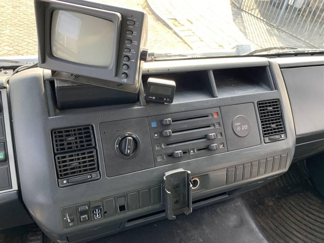 paardenvrachtwagen MAN L2000 Manual Gearbox horsetruck 1996
