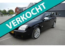 hatchback auto Opel Vectra GTS 3.2 V6 Elegance 2004