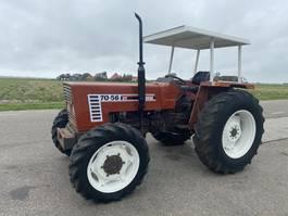 standaard tractor landbouw Fiat 70-56 DT