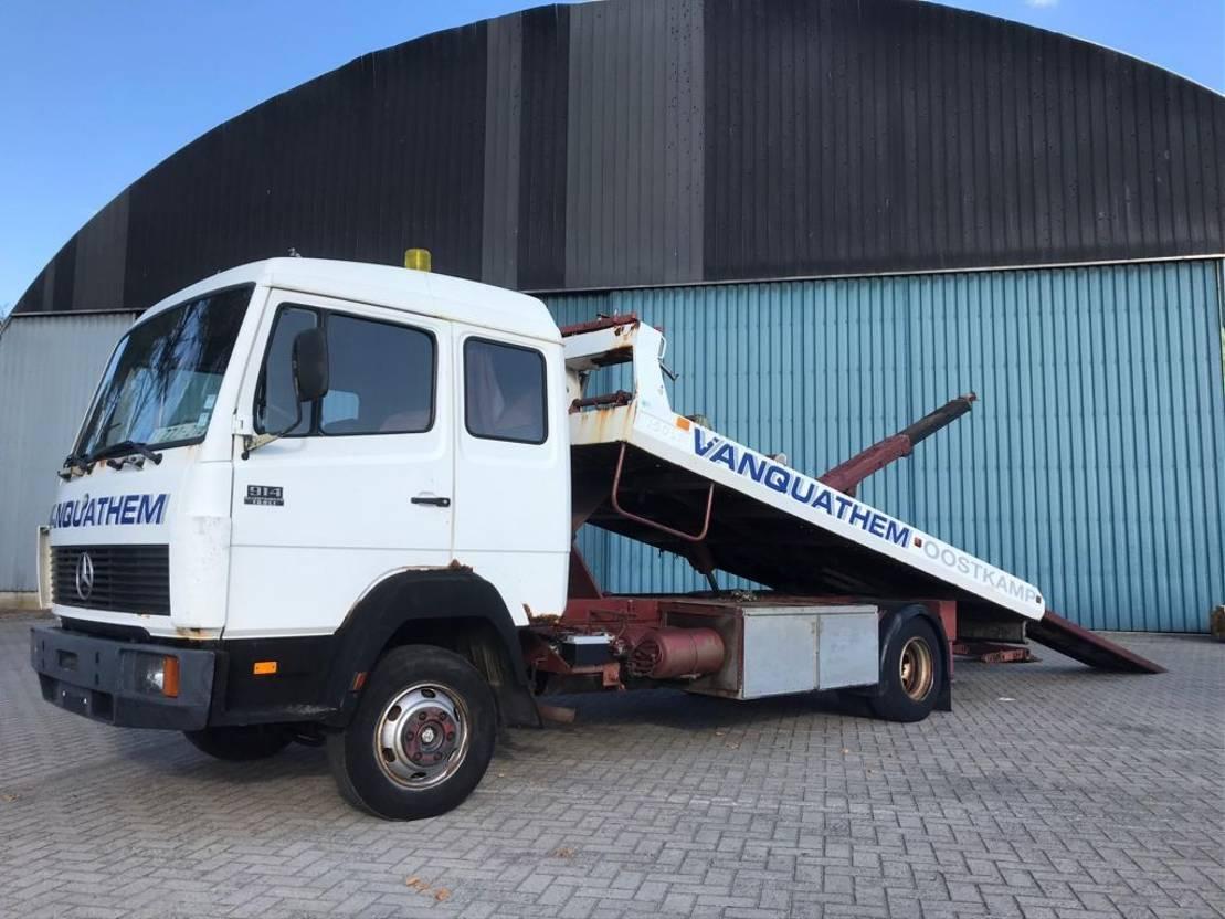 autotransporter vrachtwagen Mercedes-Benz Ecoliner 914 met ISOLI opbouw en bril 1987