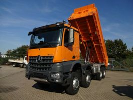 kipper vrachtwagen > 7.5 t Mercedes Benz 4143 AROCS 3-Seitenkipper 8x8 BB MEILER