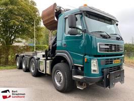 containersysteem vrachtwagen Terberg FM2000-T 8x8 Haakarm met HMF Z-kraan 2010