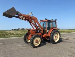 standaard tractor landbouw Renault 751