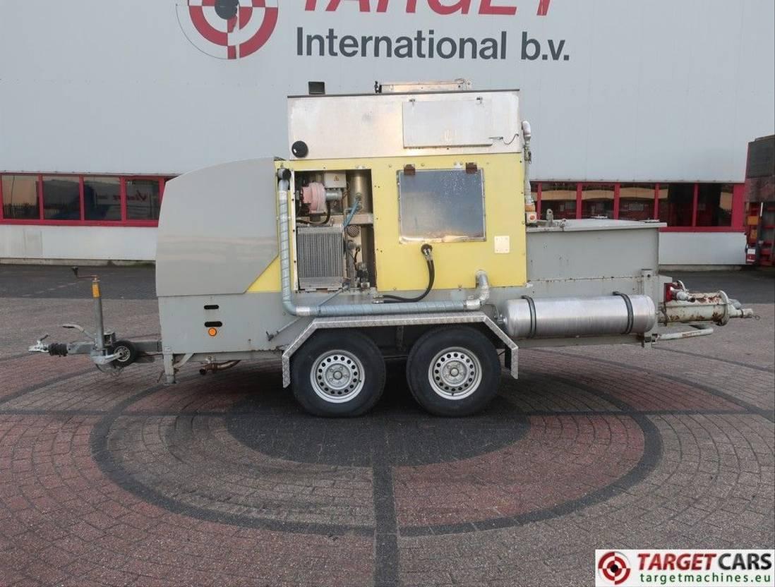 betonpomp vrachtwagen Diversen Putzmeister Aeronicer II Floor Screed Pump 2006