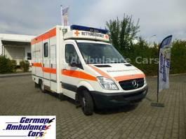 ambulance bedrijfswagen Mercedes-Benz 518 CDI RTW Fahrtec-Koffer ATG 2007