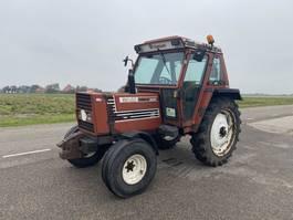 standaard tractor landbouw Fiat 80-90 1987