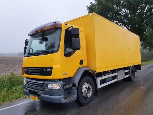 camion à box fermé > 7.5 t DAF FA LF55G18 2009