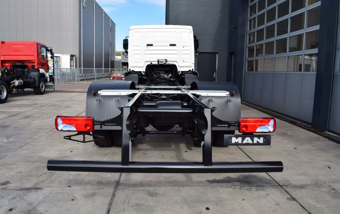 chassis cabine vrachtwagen MAN TGM 18 BL 4×2 CHASSIS – CABIN NEW 2020 / EURO 3 -240 HP 2020