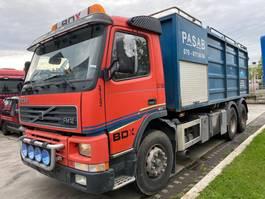 kolkenzuiger vrachtwagen Volvo FM 12-420 6X2 MANUAL FULL STEEL - VACUUM CLEANER 2000