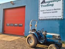 standaard tractor landbouw Kubota ST 30