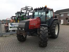 standaard tractor landbouw Valtra 6550 2000