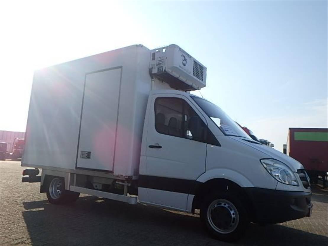 koelwagen vrachtwagen Mercedes-Benz Sprinter 515 + manual + Carrier 2009