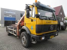 containersysteem vrachtwagen Mercedes-Benz 1820 AK 4x4 NCH/ ATLAS CRANE 1993