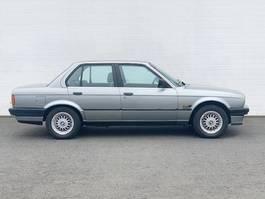 overige personenwagens BMW 318i 318i Autom./eFH./Radio 1988