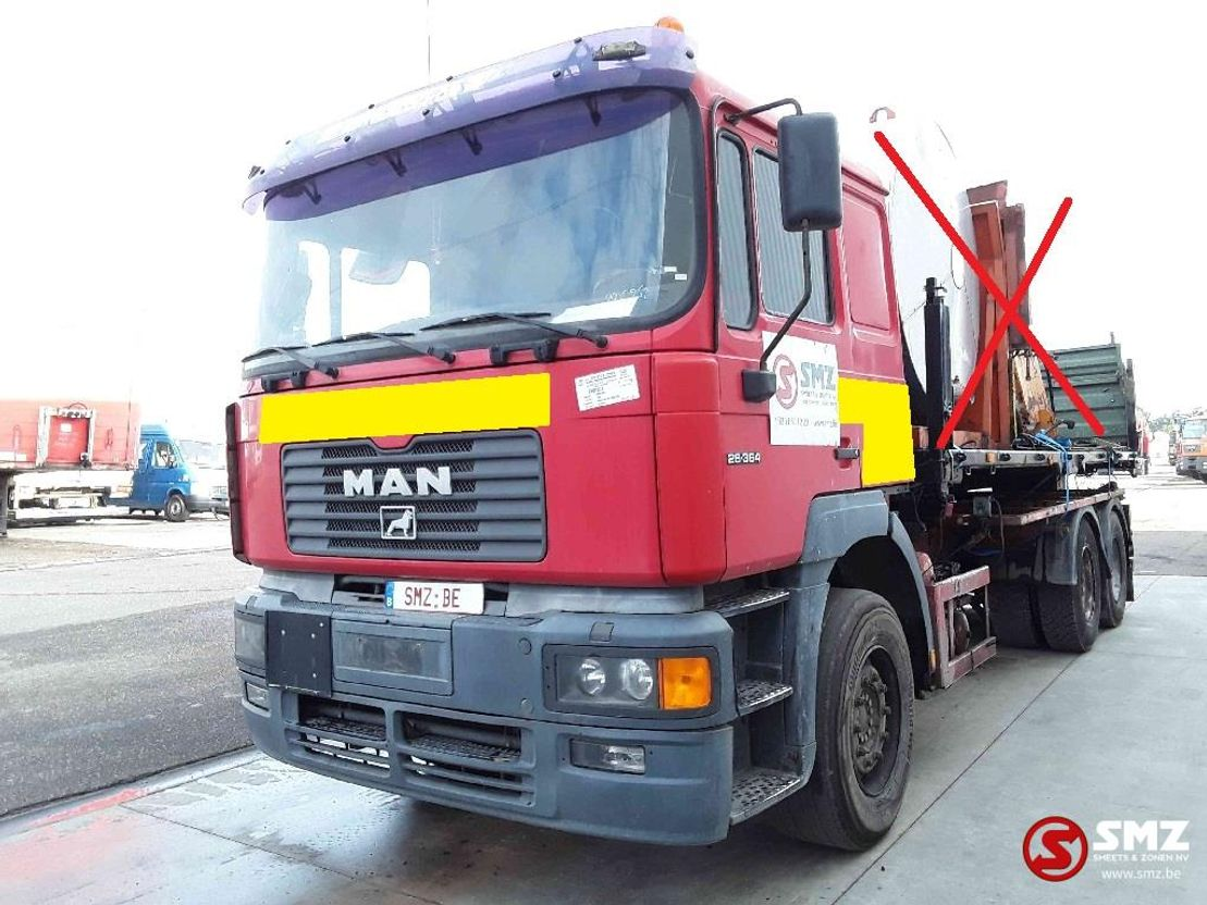 chassis cabine vrachtwagen MAN 26.364 6x4 lames// 2000