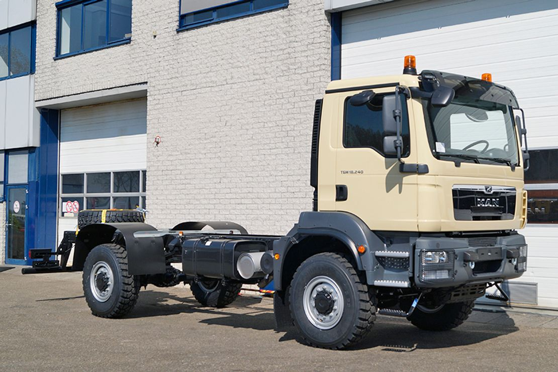 chassis cabine vrachtwagen MAN TGM 18 BB CHASSIS CABIN (4 units)