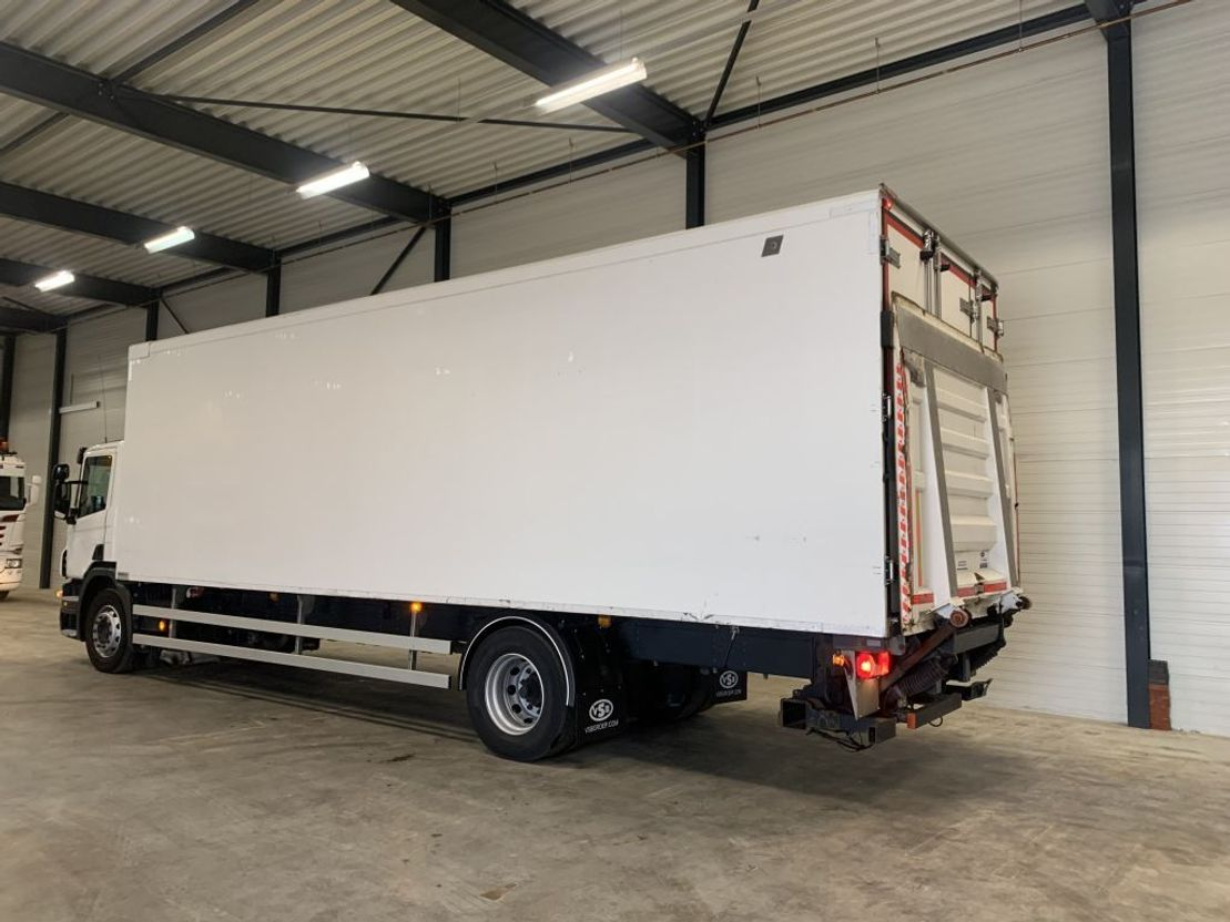 koelwagen vrachtwagen Scania Scania P280 carrier 950 fridge  3x TEMP compartments 2012