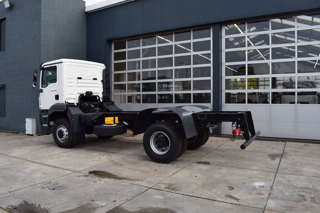 chassis cabine vrachtwagen MAN TGM 18 BB 4×4 CHASSIS – CABIN NEW 2020 / EURO 3 – 280 HP 2020