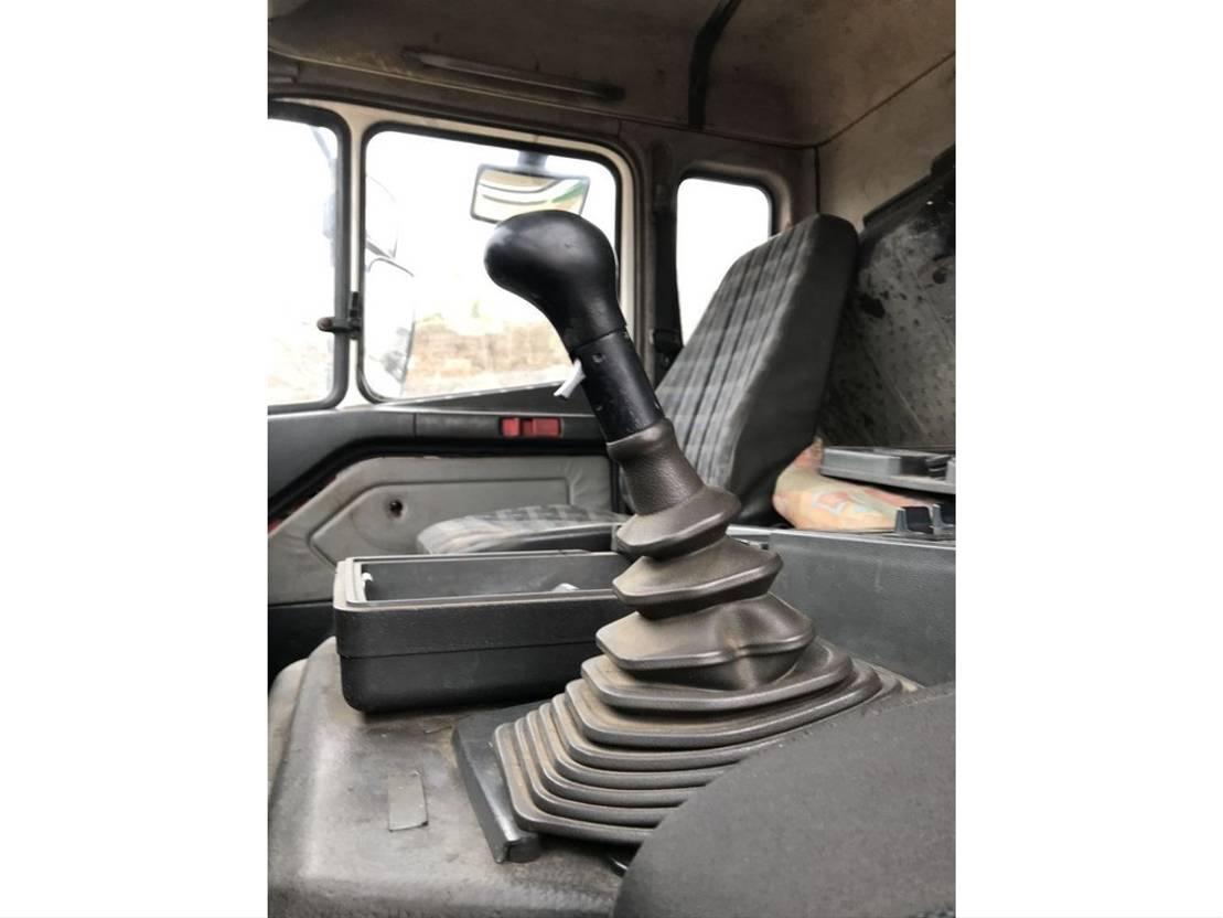 platform vrachtwagen Mercedes-Benz SK 1824 V6 **FLATBED+CRANE** 1994