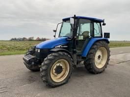 standaard tractor landbouw New Holland TL100 2003