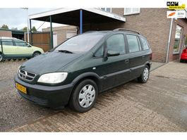 mpv auto Opel Zafira 1.6-16V Comfort 2002