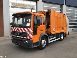 vuilniswagen vrachtwagen Volvo FL 220 2006