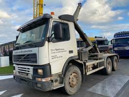 containersysteem vrachtwagen Volvo FM 12-420 6X4 MANUAL FULL STEEL + TECHNAMICS HAAKARM 2001