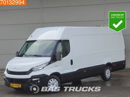gesloten bestelwagen Iveco Daily 35S17 3.0 170PK Luchtvering Camera Navi 3500kg trekhaak m3 A/C Towbar Cr... 2015