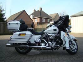 motorfiets Harley-Davidson FLHTCU ULTRA CLASS. ELECTRA GLIDE FLHTCU 2012