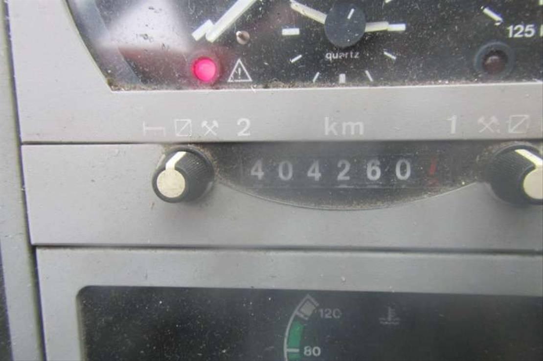 koelwagen vrachtwagen MAN LE 160 2001
