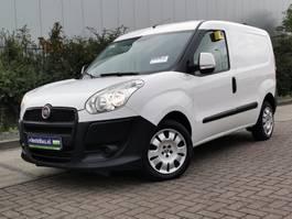 gesloten bestelwagen Fiat Doblo 1.4 benzine! 2013