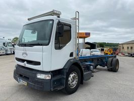 chassis cabine vrachtwagen Renault Midlum 2001