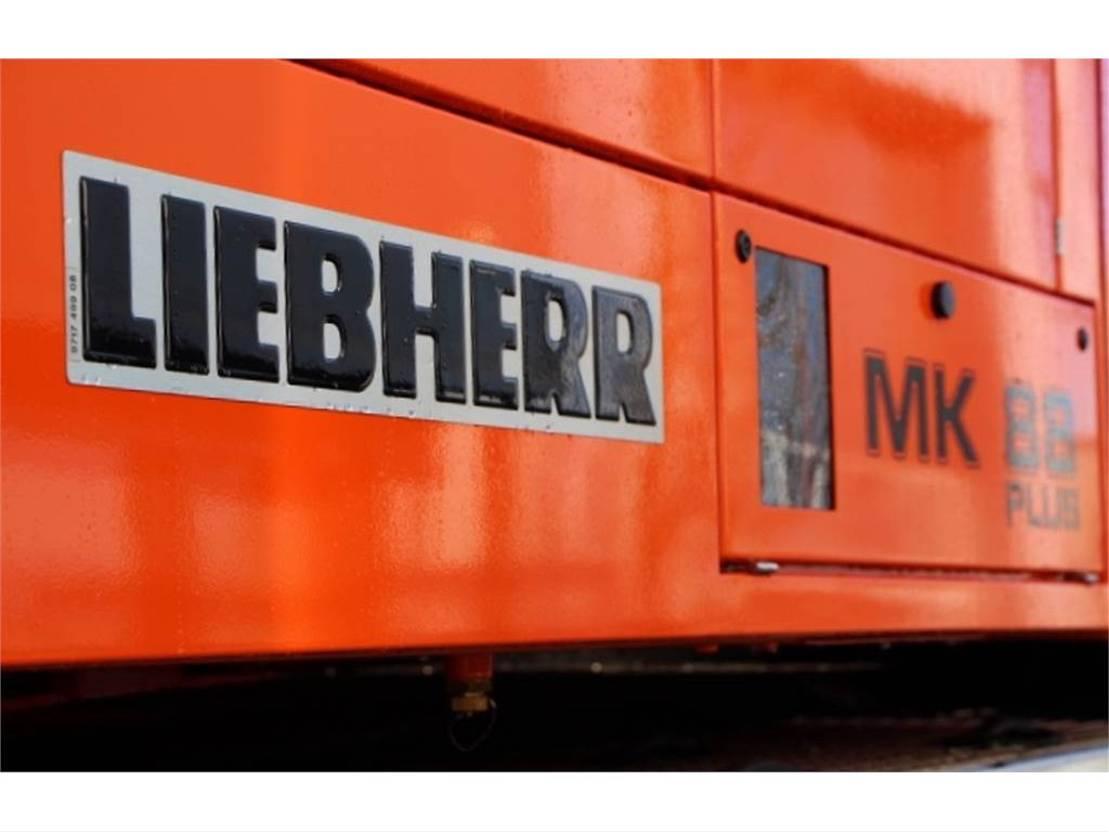 mobiele torenkraan Liebherr MK88 PLUS Valid Inspection, 8x6x8 Drive, 45 m Flig 2017