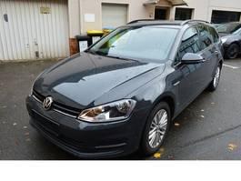 stationwagen Volkswagen Golf VII 1,6tdi Cup BMT/NAVI/Bluetooth/PDC/Parka 2015