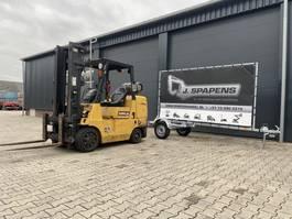 vorkheftruck Caterpillar 4500KG Heftruck LPG Sideshift