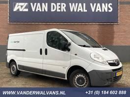gesloten bestelwagen Opel Vivaro 2.0CDTI L2H1 Airco, cruisecontrol, 2x schuifdeur, apk 2010