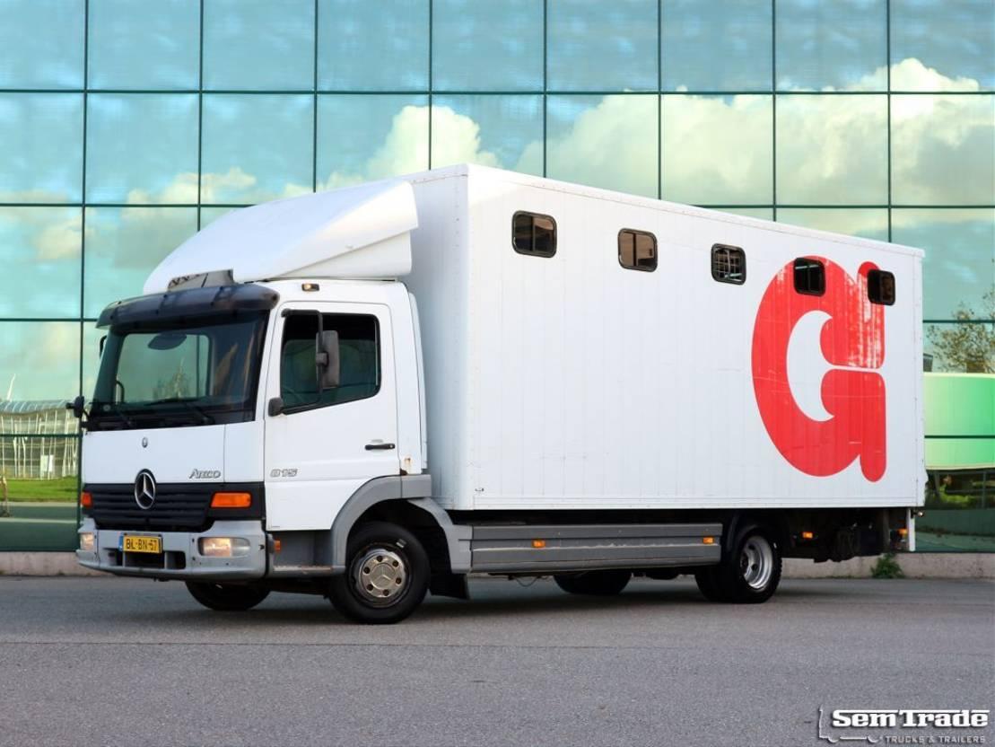 paardenvrachtwagen Mercedes-Benz ATEGO 815 EURO 3 2001