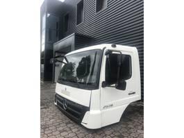cabine - cabinedeel vrachtwagen onderdeel Mercedes-Benz AXOR