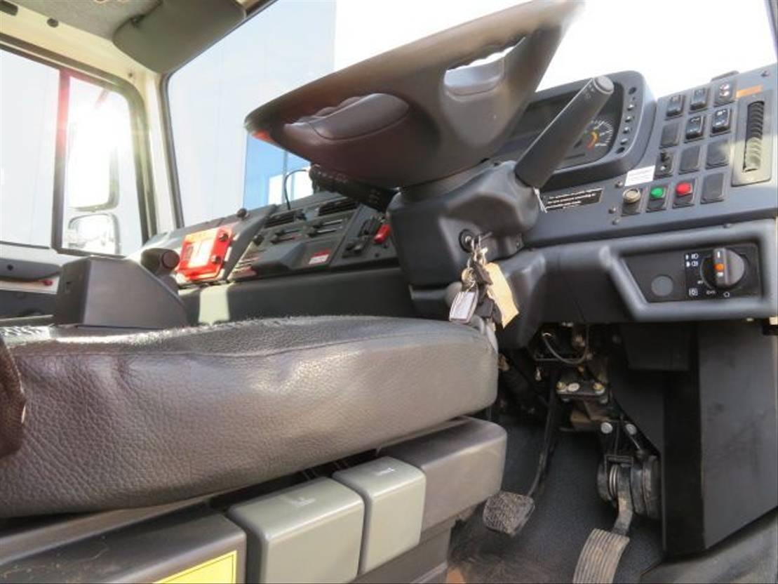 knikarmhoogwerker wiel Mercedes-Benz U4000 Bluetec 4 Unimog 2010