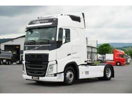 standaard trekker Volvo FH 500 Globe XL 2xTanks / Leasing 2016