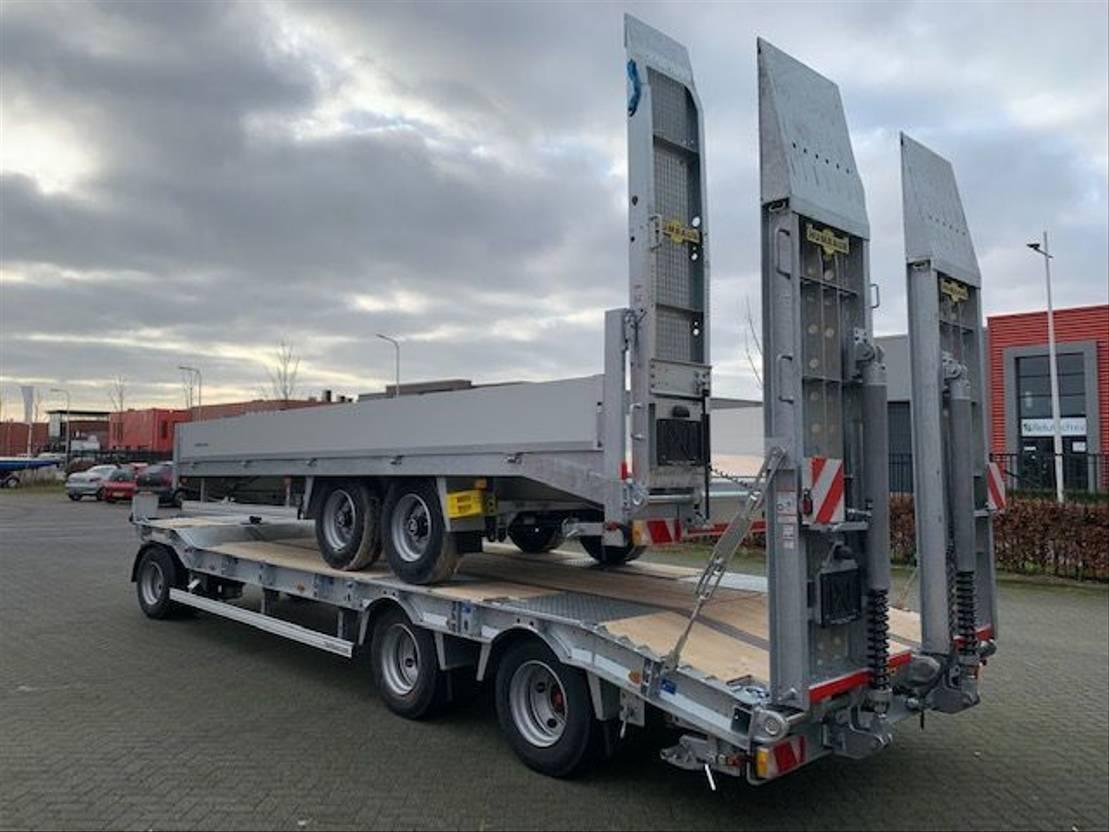 semi dieplader oplegger Humbaur 3 as dieplader aanhangwagen 2021