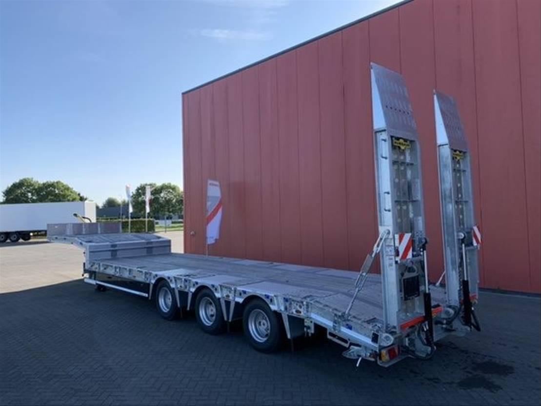 semi dieplader oplegger Humbaur 3 asssige semi dieplader oplegger 2021