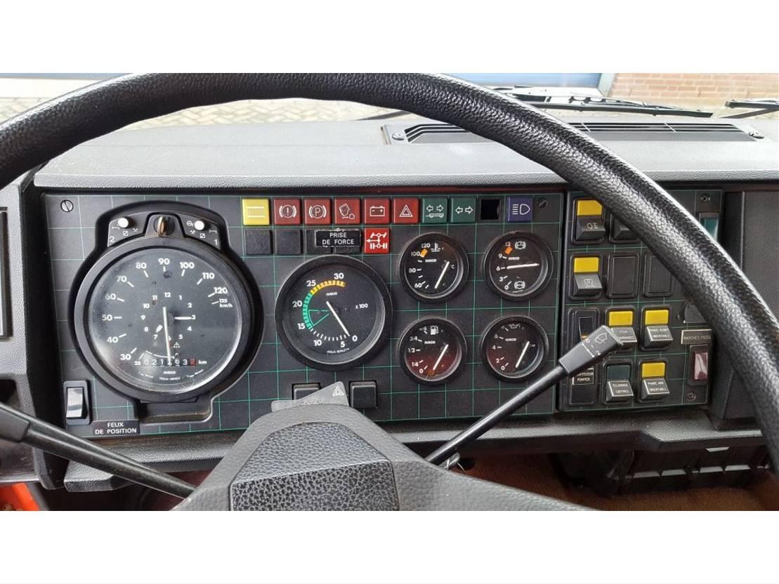 brandweerwagen vrachtwagen Iveco 165-240 HP. 1986