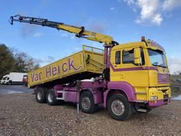 kipper vrachtwagen > 7.5 t MAN TGA 41.440 8X4 BL Kipper-Kran HMF 1820 K 4 2008