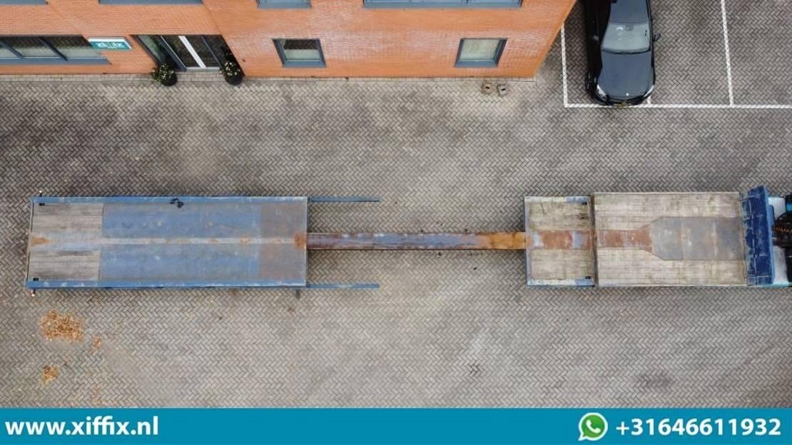 semi dieplader oplegger Nooteboom 3-ass. Uitschuifbare semi dieplader met kraanspoor // 3x gestuurd 2000