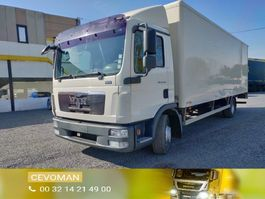 bakwagen vrachtwagen MAN TGL 12 .220 bakwagen met laadklep euro5 2010