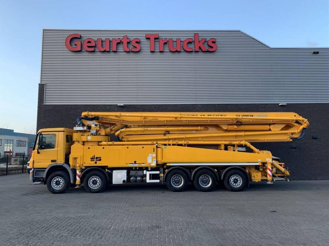 betonpomp vrachtwagen Mercedes-Benz Actros 5041 10X4 + SERMAC 6 RZ 56 METER CONCREET PUMP